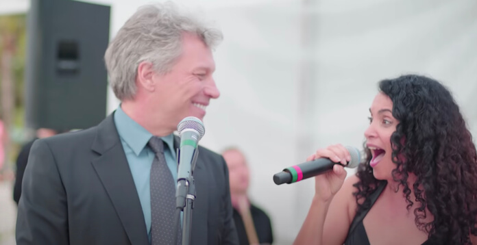 Bon Jovi cantando em casamento