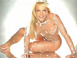"Britney Spears no clipe de ""Toxic"""