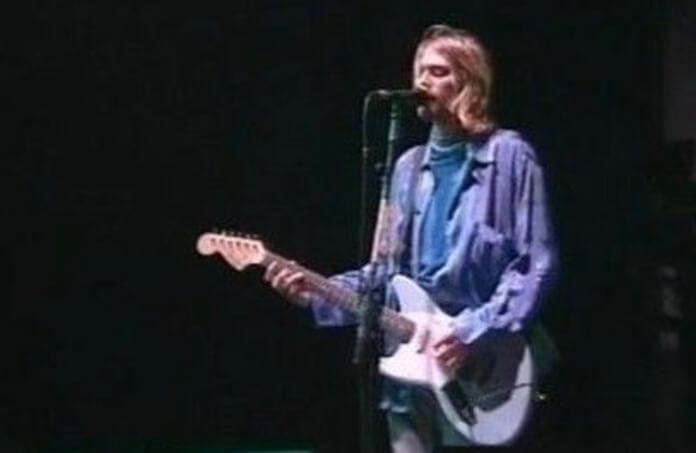 Kurt Cobain com a Jag-Stang da Fender