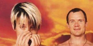 Anthony Kiedis e Flea, do Red Hot Chili Peppers