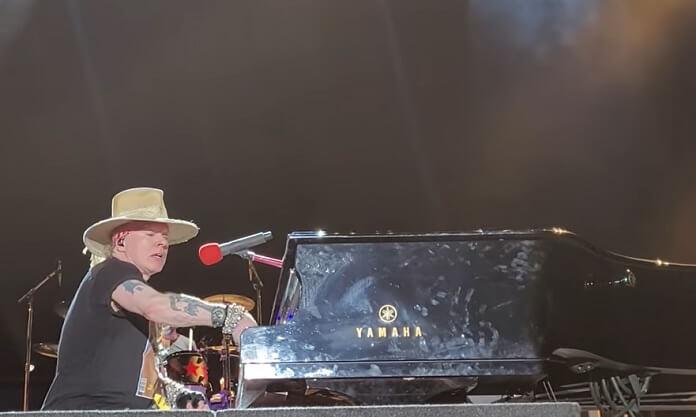 Guns N' Roses retorna aos palcos pela primeira vez após o início da pandemia