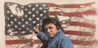"Johnny Cash em ""Ragged Old Flag"""