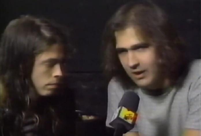 Dave Grohl e Krist Novoselic, do Nirvana