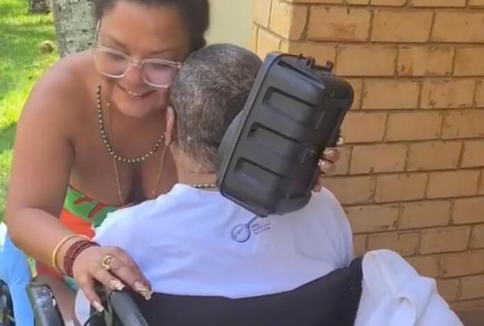 Arlindo Cruz em vídeo com a esposa ao som de Skank