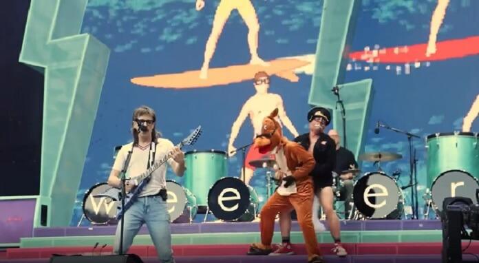 Green Day trolla Weezer no último show da Hella Mega Tour; veja