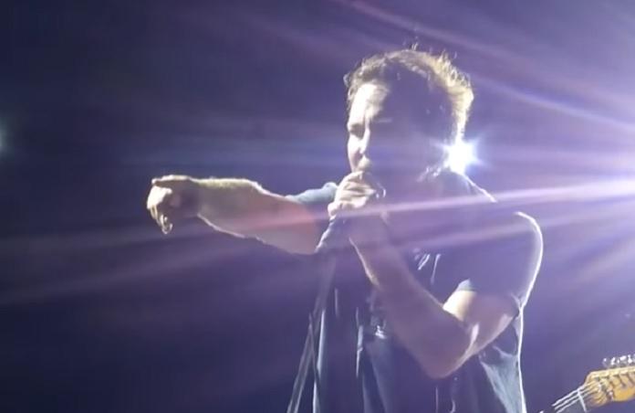 Eddie Vedder para show em 2016