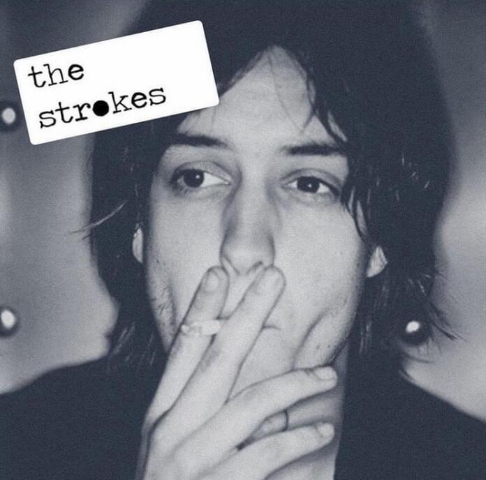 Julian Casablancas na capa do Arctic Monkeys
